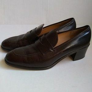 Bloomingdales Womens Size 10.5 Brown Loafers Slip